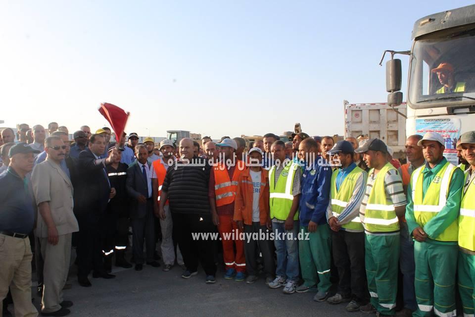 انطلاق الحملة الوطنية لنظافة المحيط بولاية بسكرة